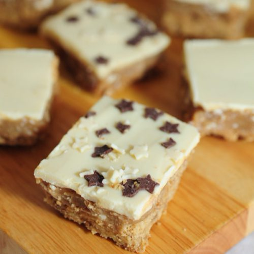 Image of White chocolate Millionaire's shortbread